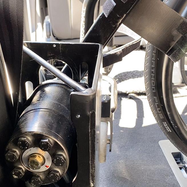 Weersink rolstoel opbergen rolstoellift spin prijs takelen afstandsbediening close
