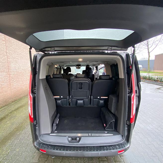 Weersink rolstoellift rolstoelbus prijs eerste zitrij open bus ruimte achterin