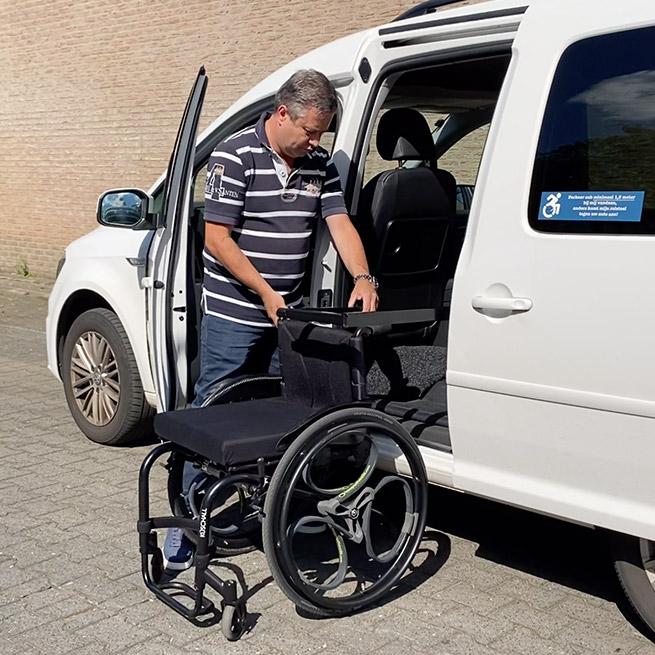Weersink rolstoel opbergen rolstoellift spin prijs takelen vastklikken