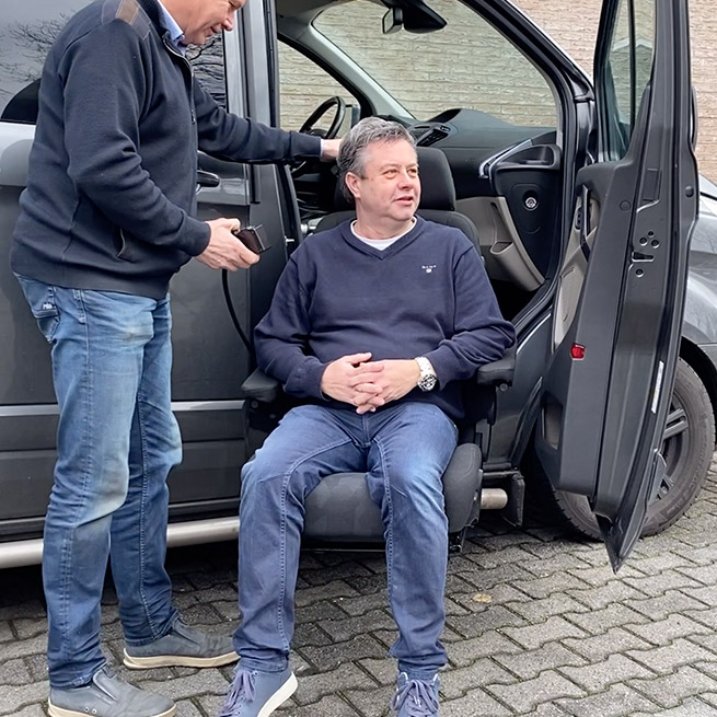 Draaistoel invalide auto gehandicapten turny draaihefstoel bus zitten