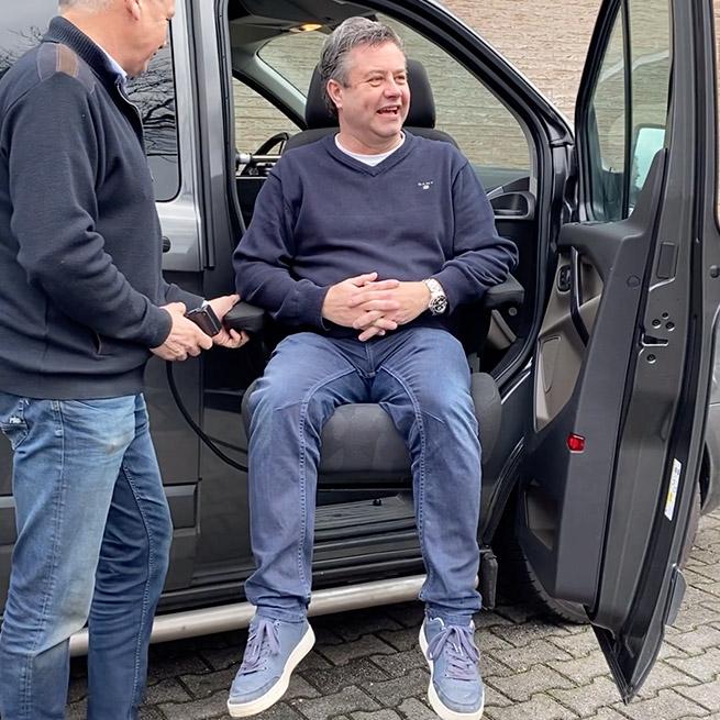 Draaistoel invalide auto omhoog gehandicapten turny draaihefstoel bus