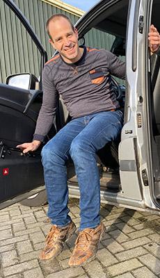 Rolstoellift bus rolstoel kofferbak