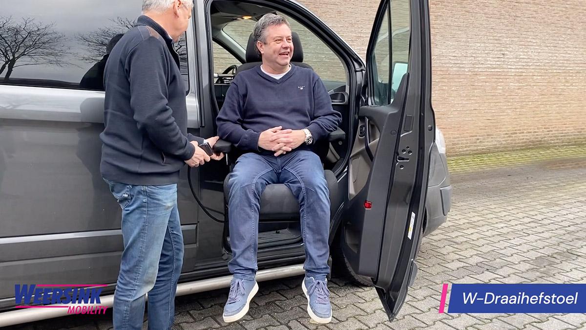 Draaihefstoel turnt voor invalide auto draaistoel