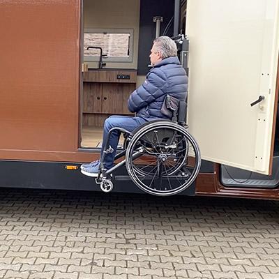Rolstoelcamper invalidenlift rolstoel chocobus
