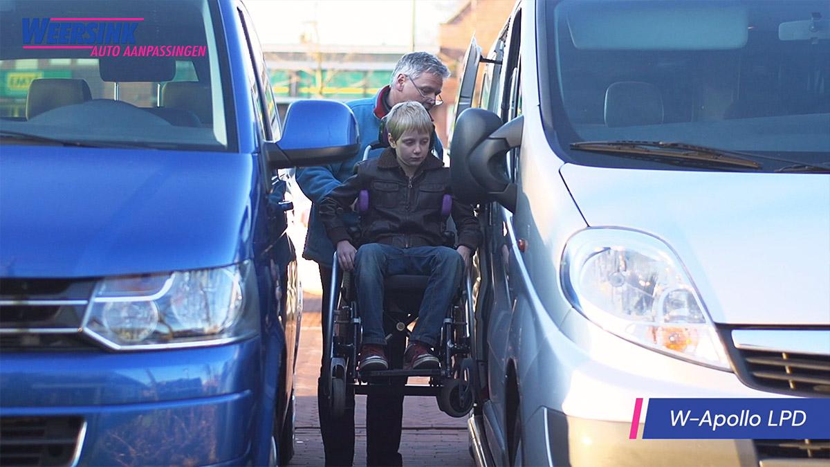 Rolstoelbus dubbelcabine rolstoellift